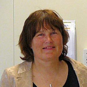 Mw. drs. V.F.A.A.M. Dekker-van der Sande